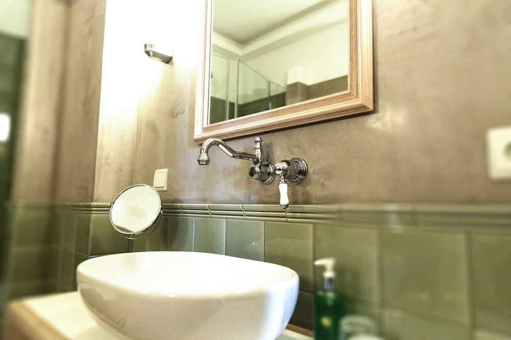 Dvokrevetna soba (Palais) - Kupaonica