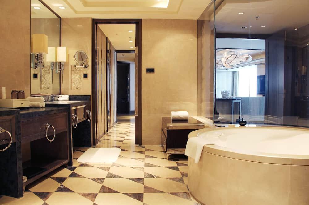 Presidential-Suite, 1King-Bett, Nichtraucher - Badezimmer