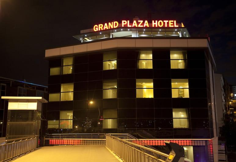Grand Plaza Hotel, Stambulas, Viešbučio fasadas