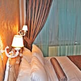 Standard Double or Twin Room, 1 King Bed, City View - Guest Room