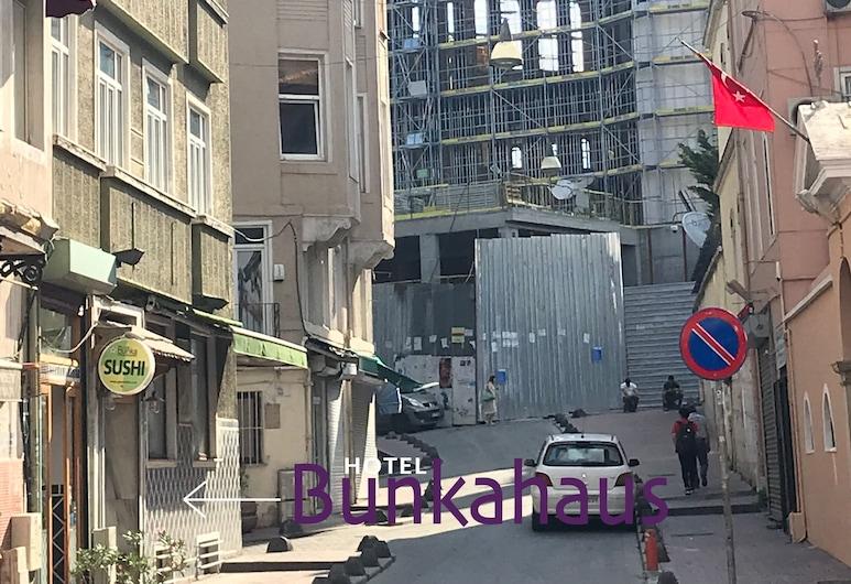 Bunkahaus, Istanbul, Lối vào khách sạn