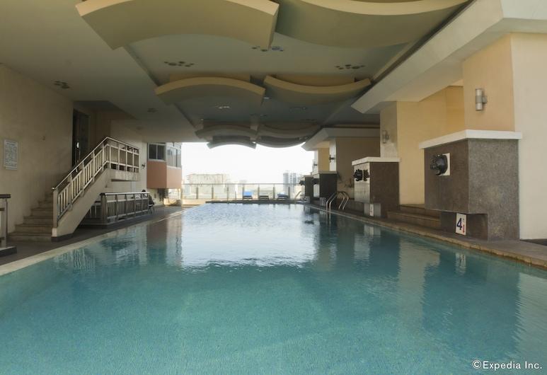 麗晶套房大飯店, 馬尼拉, 室內游泳池
