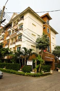 Picture of Unico Srinakarin Residence in Bangkok