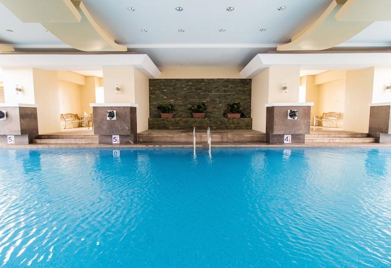 JMM 大套房飯店, 馬尼拉, 游泳池
