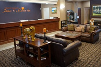 Choose This Cheap Hotel in Clemson