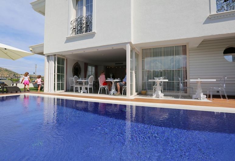 Cella Boutique Hotel & SPA, Selçuk, Havuz Şelalesi