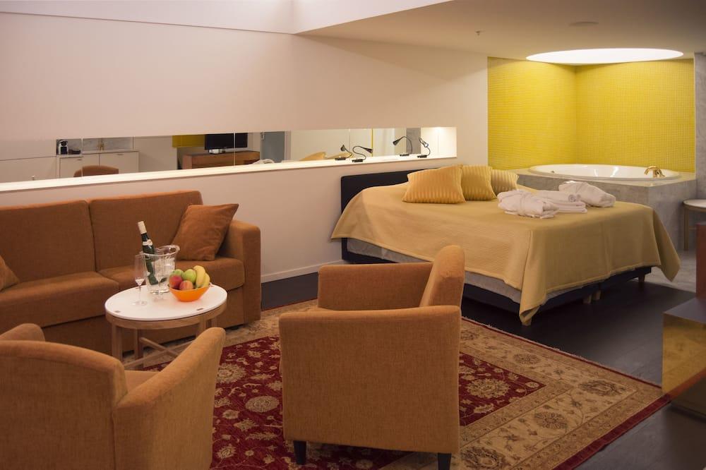 Представительский двухместный номер с 1 двуспальной кроватью - Зона гостиной