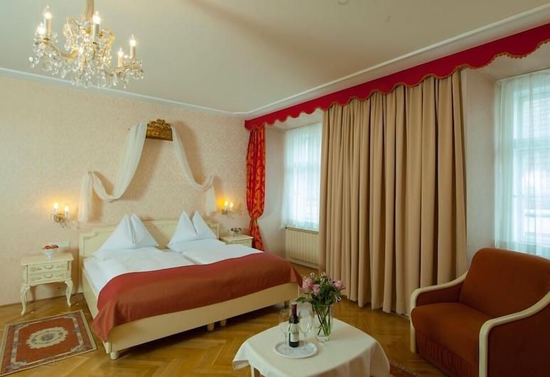 Pertschy Palais Hotel, Wien, Familienzimmer, Zimmer