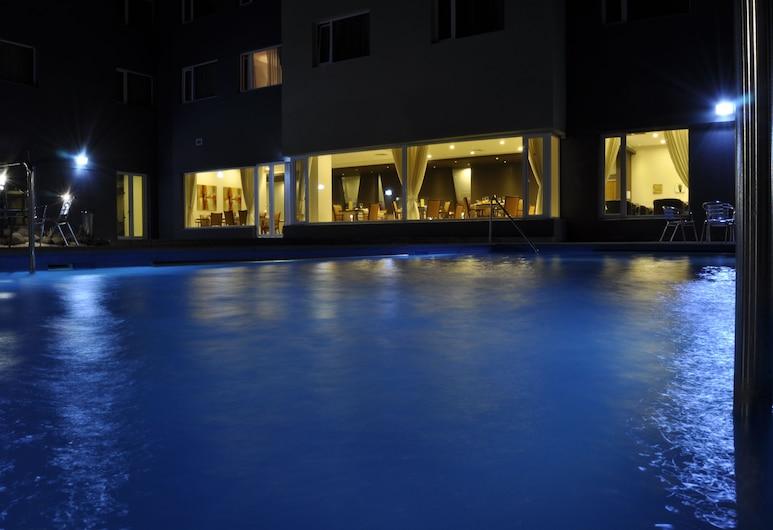 阿馬格羅迪亞戈酒店, 卡拉馬, 室外泳池