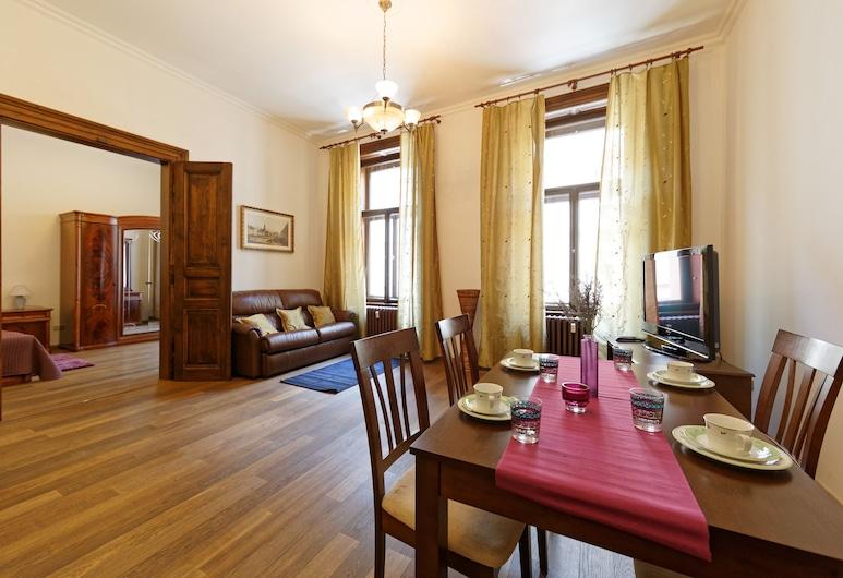 Lavanda Hotel & Apartments Prague, Prag, Family Üç Kişilik Oda, Oturma Alanı