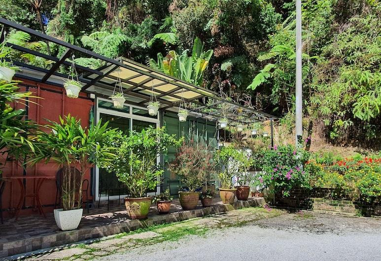 金馬侖高原阿倫迪那旅館, 丹那拉打, 花園