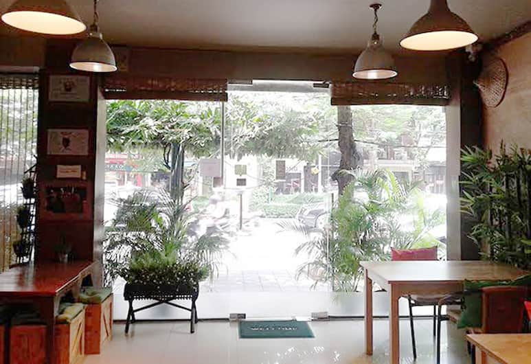 The Rainforest Guesthouse & Cafe, Bangkok