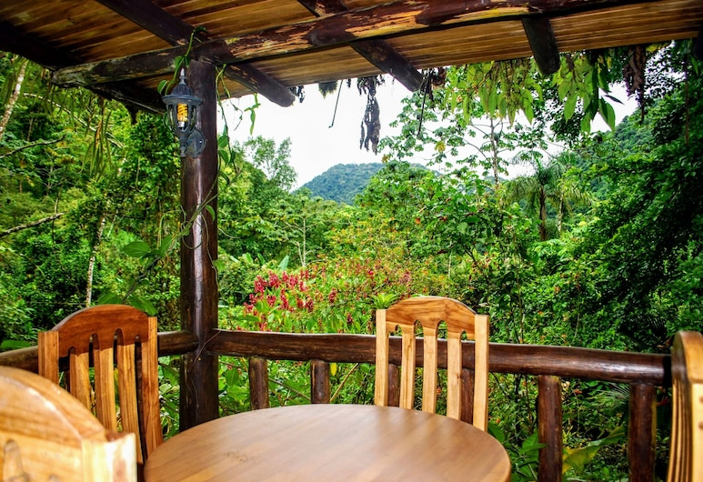 Rancho Margot - All meals included , Peñas Blancas, Deluxe Bungalow, Multiple Beds, Patio, Mountain View, Balcony