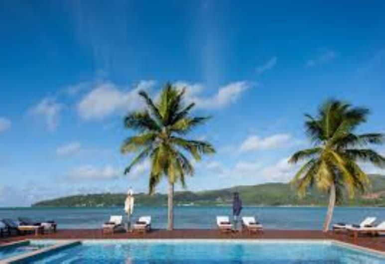 Iles des Palmes Eco Resort, Ile Praslin, Piscine en plein air
