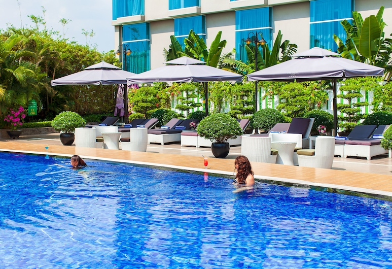 The Mira Hotel, Thu Dau Mot, Outdoor Pool
