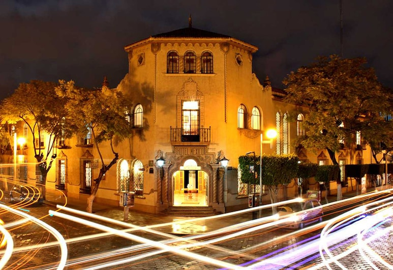Gran Hotel Mexico, Tehuacan, Hotel Front – Evening/Night