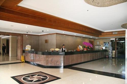 国安ホテル