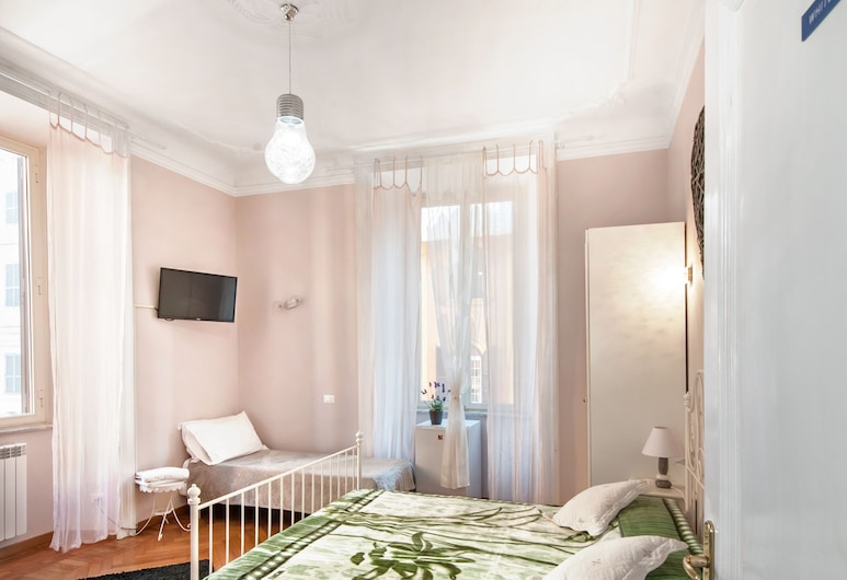 Il Sesto Suites Central, Rome, Triple Room, Guest Room