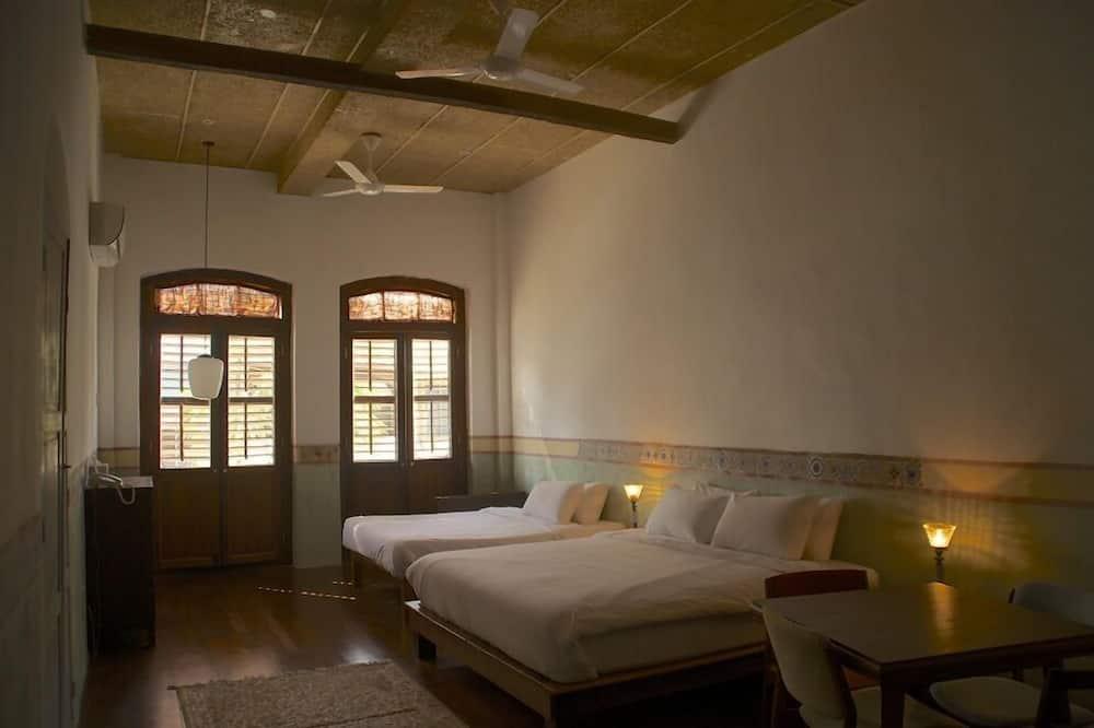 Στούντιο (Flat with Kitchenette, First Floor) - Δωμάτιο επισκεπτών