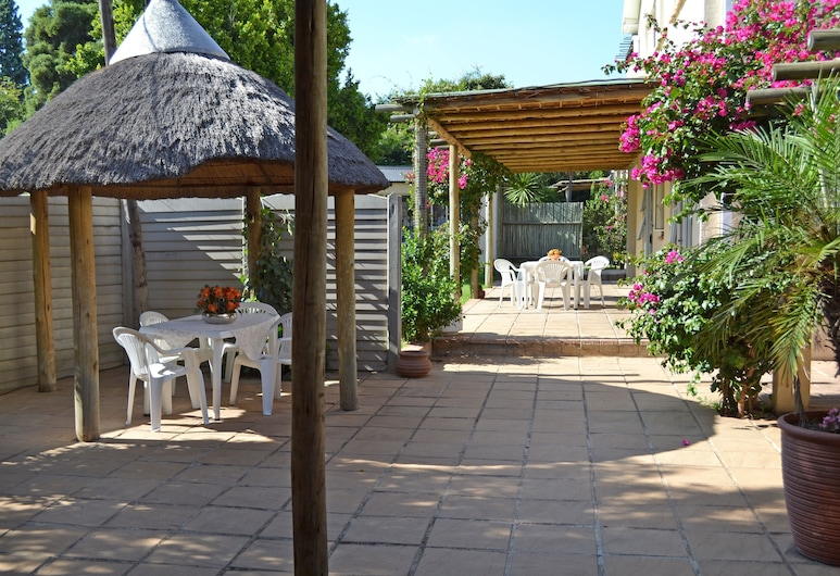 Dove's Nest Guest House, Kempton Park, Terasa