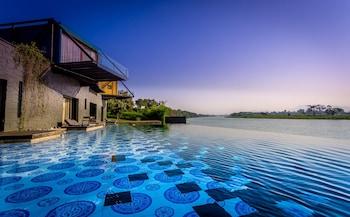 Foto van X2 River Kwai Resort in Kanchanaburi