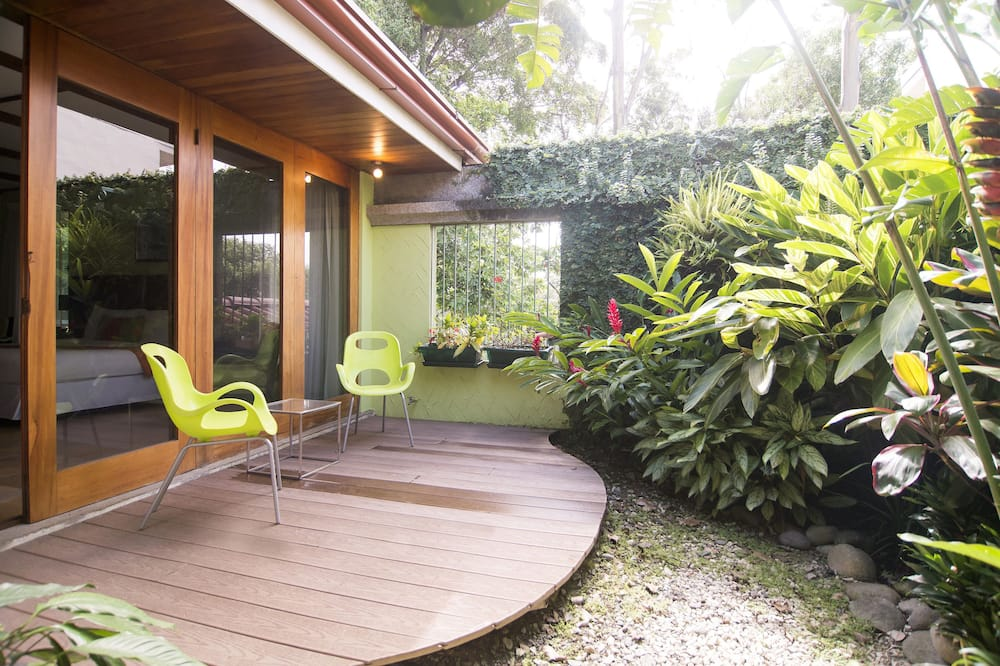 Deluxe Room (Private Garden) - Terrace/Patio
