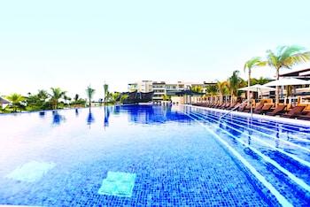 Picture of Royalton Riviera Cancun Resort & Spa - All Inclusive in Puerto Morelos