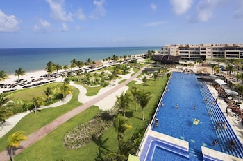 Image de Royalton Riviera Cancun Resort & Spa - All Inclusive à Puerto Morelos