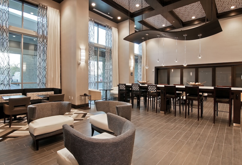 Hampton Inn & Suites Bellevue Downtown-Seattle, WA, Bellevue, Setustofa í anddyri