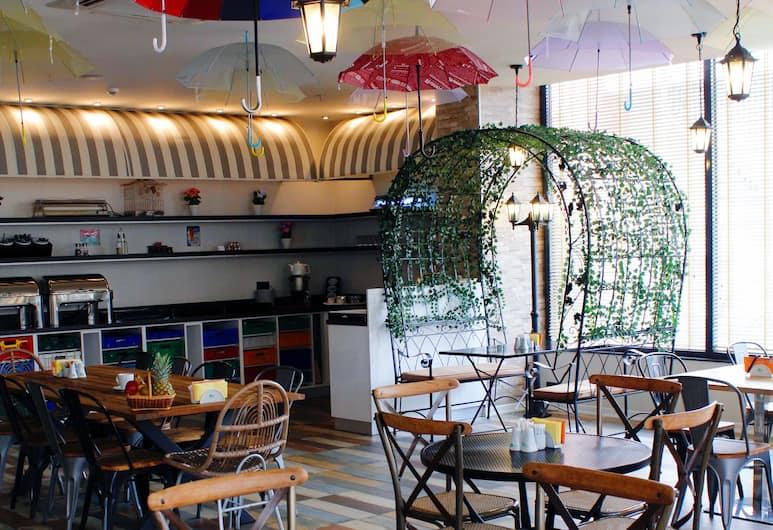 Tempo Fair Suites, Istanbul, Breakfast Area