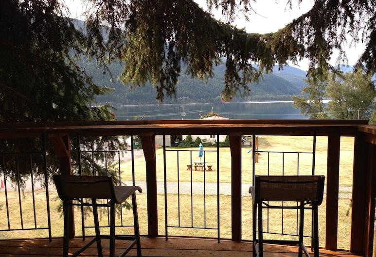 Kokanee Glacier Resort, Nelson, Terraza o patio