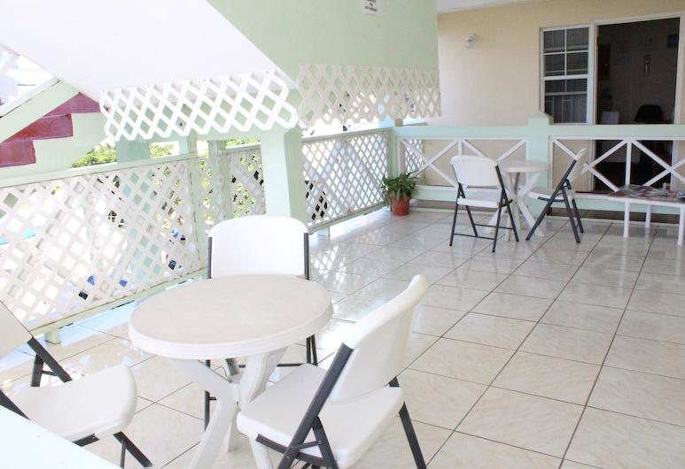 Relax Inn Grenada West Indies, St. George's, Teras/Patio