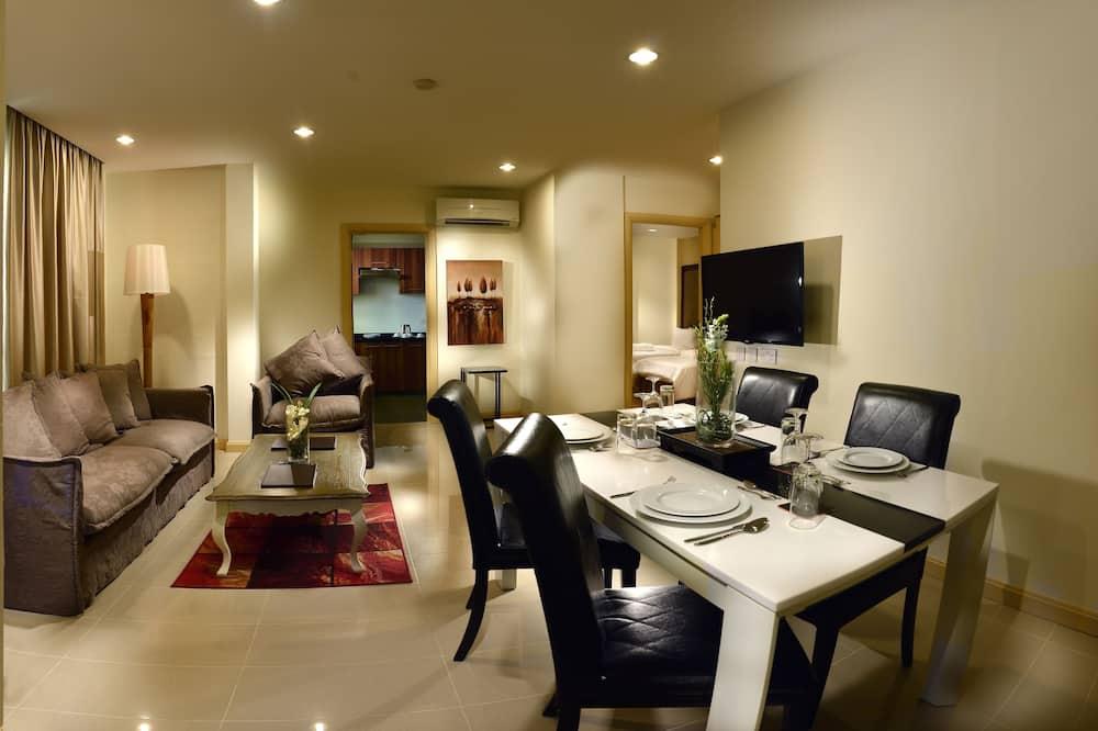 Family Suite, 2 Bedrooms - Tempat Makan dalam Bilik