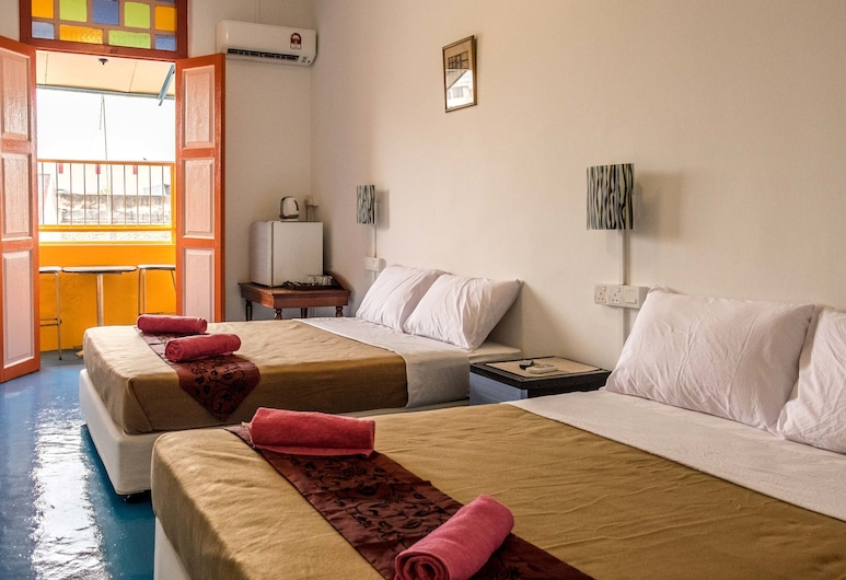Discovery Malacca Hostel, Malacca City, Superior Suite, 2 Queen Beds, City View, Balcony