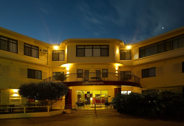 Normandie Inn & Function Centre, North Wollongong