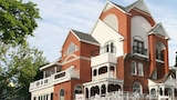 Book this Bed and Breakfast Hotel in Niagara Falls