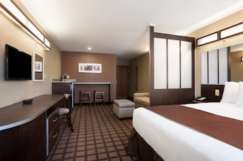 Foto van Microtel Inn & Suites By Wyndham Midland in Midland