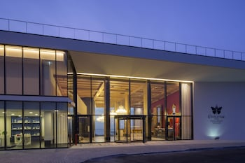 Picture of Evolutee Hotel in Obidos
