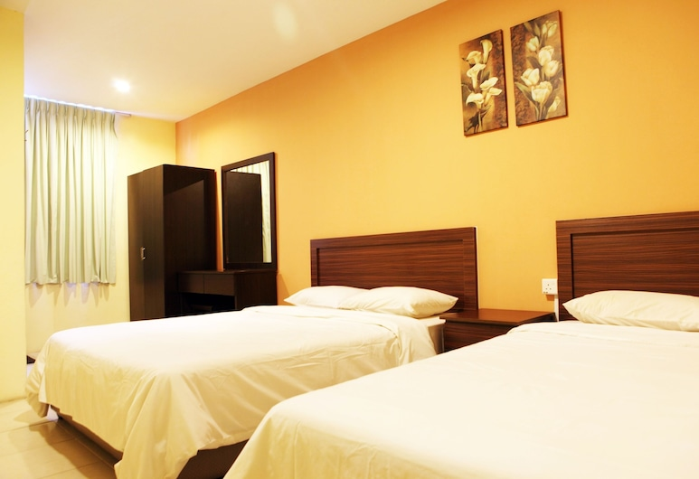 Hotel 48, Kuching, Family Room, Guest Room