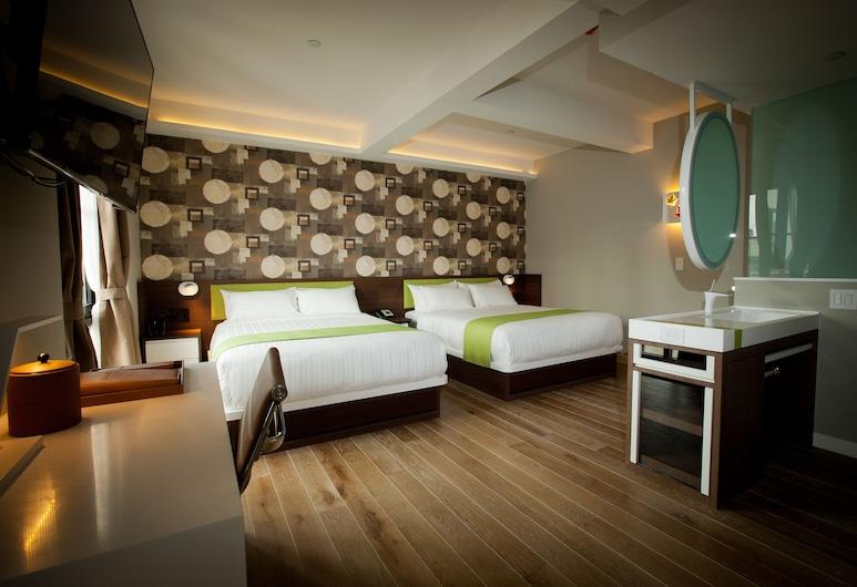 NobleDEN Hotel, New York, Superior-Zimmer, 2Queen-Betten (Courtyard & Partial City View), Zimmer