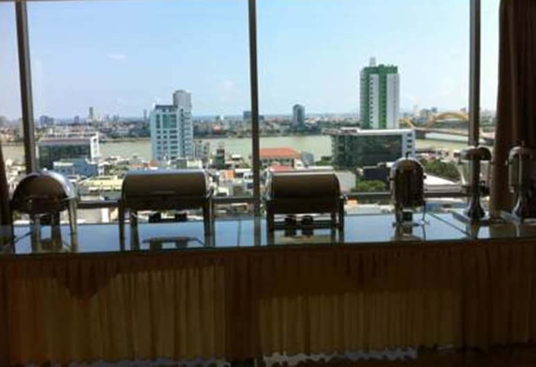 哈圖伊飯店, 峴港, 飯店內酒廊