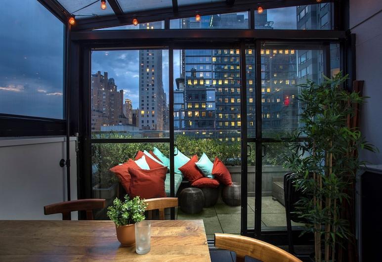 6 Columbus Central Park Hotel, New York, Terrass