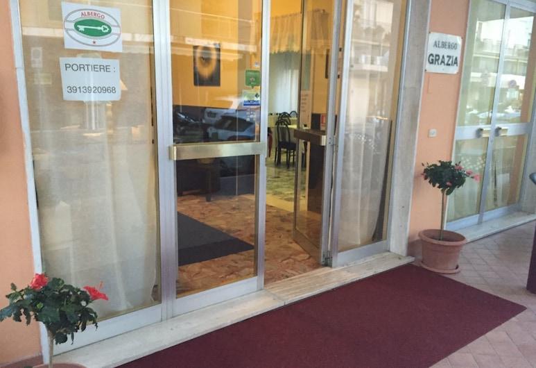 Hotel Grazia, Rimini, Meja Sambut Tetamu
