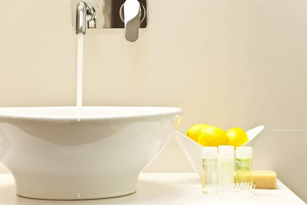 Lavamanos en el baño