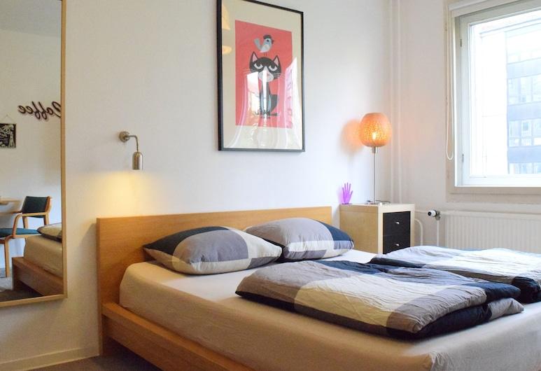 Sixmiles Guesthouse, Berlynas, Vienvietis kambarys mieste, 1 didelė dvigulė lova, bendras vonios kambarys, Svečių kambarys