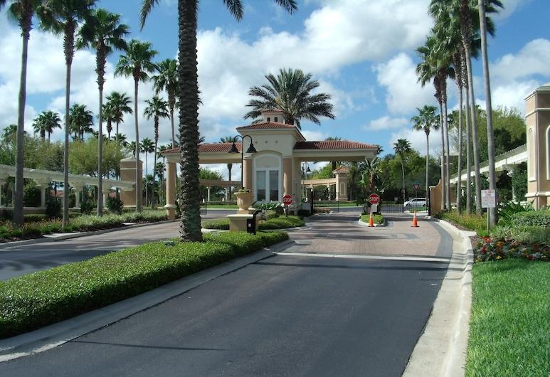 Emerald Island Resort by Optimal Growth, קיסימי, שטחי הנכס