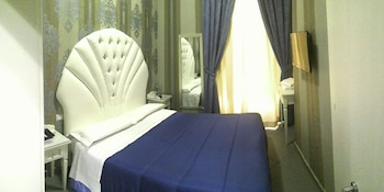 Book this In-room accessibility Hotel in Naples