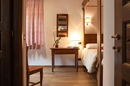 索莫利爾艾拉塔布勒旅館/