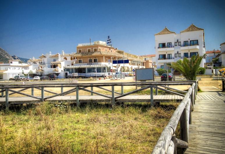 Colores de Zahara, Barbate, Hotellets front