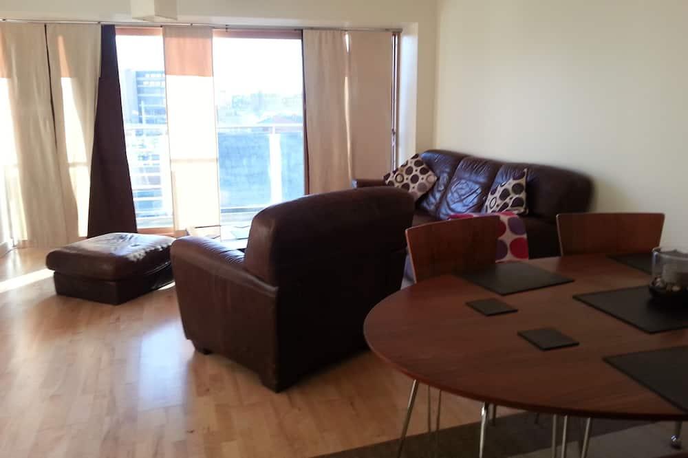 Apartment, 2 Schlafzimmer - Essbereich im Zimmer